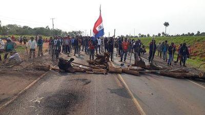 Protestas con cierres de ruta en varios puntos del país contra ley de invasiones