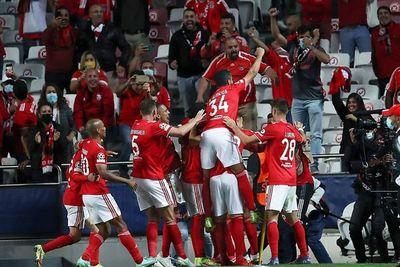 El Benfica hunde al Barcelona y sentencia a Koeman