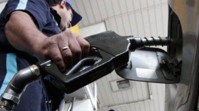 Anuncian descuento de mil'i por litro en combustibles