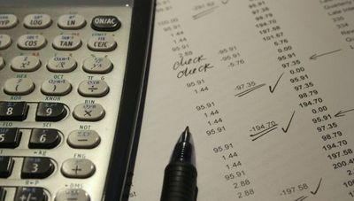¿Qué es y cómo beneficia a los emprendedores la exoneración de sanciones para operar en cuenta corriente?