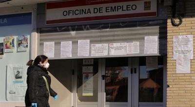 España extenderá subsidio por desempleo hasta febrero de 2022