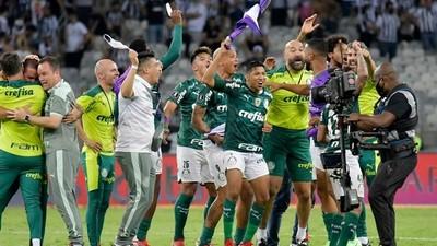 El Palmeiras con el compatriota Gustavo Gómez, a la final de la Copa Libertadores 2021
