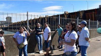 Rehabilitan visitas de turistas en Yacyretá