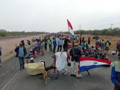 Manifestantes cerraron por cinco horas la Transchaco