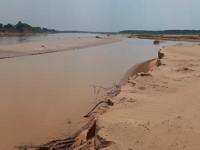 Aguas del río Pilcomayo ingresan por la embocadura y alcanzan la zona de Gral. Díaz