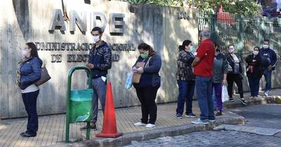 La Nación / Diputados plantean suspensión y reprogramación de deudas para clientes de la Ande