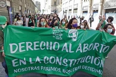 Cámara de Diputados de Chile aprueba despenalización del aborto hasta las 14 semanas de gestación