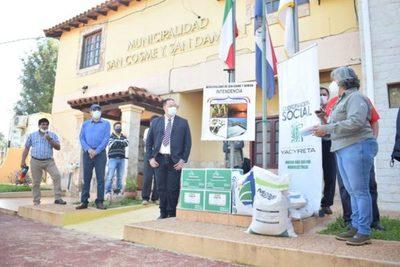 Entregan insumos agrícolas a 270 familias productoras de maíz de Itapúa