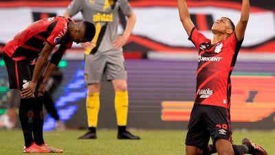 Paranaense jugará la final con Bragantino