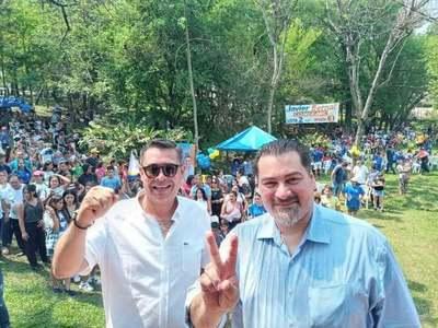 Javier Bernal ratifica apoyo a candidatura de Airaldi