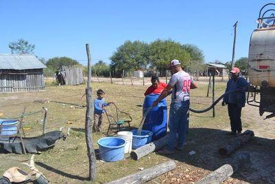 Pobladores de Alto Paraguay piden soluciones definitivas a la falta de agua