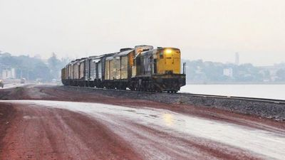 Senadores instan al Ejecutivo a reponer tramo de red ferroviaria