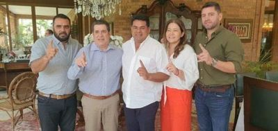 El gobernador Tigre Ramírez pasó a Honor Colorado