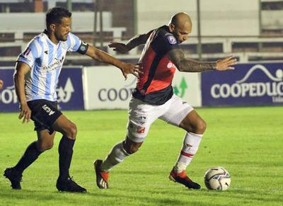 River Plate se enfrenta a Guaireña FC desde las 20:15hs.
