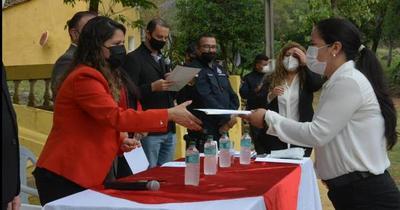 Ministerio de Justicia otorgó reconocimientos a agentes penitenciarios