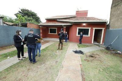 Allanan inmuebles utilizados supuestamente por el PCC en Pedro Juan Caballero