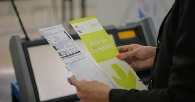 La Nación / Encendido simultáneo de todas las máquinas de votación será este sábado