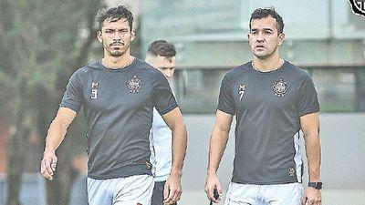 Gutiérrez prueba variantes en Copa