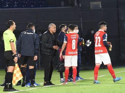 """""""La Copa Paraguay jugaremos con los que estén disposición"""""""