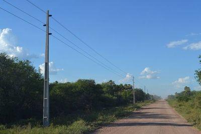 ANDE promete terminar en diciembre segunda línea de media tensión en Alto Paraguay