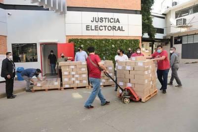 Cuenta regresiva: TSJE comenzó la distribución de maletines electorales