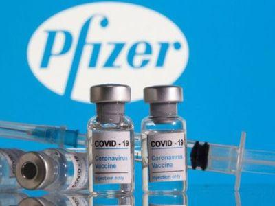 La Agencia Europea de Medicamentos aprobó la tercera dosis de Pfizer para mayores de 18 años