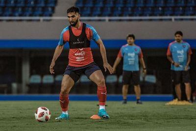 Otra buena para Cerro: Alberto Espínola entrenó con el plantel