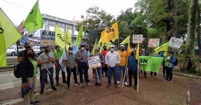 Ante falta de acuerdo, docentes continuarán con manifestaciones