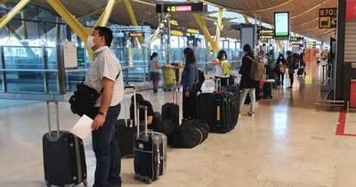 La Nación / Viajeros procedentes del Mercosur ya pueden ingresar sin RT-PCR