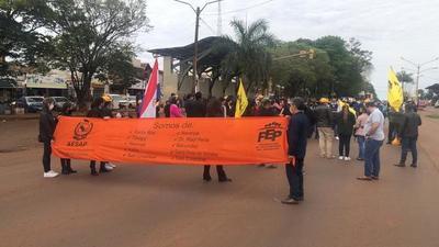 Docentes inician protestas en distintos puntos de Alto Paraná