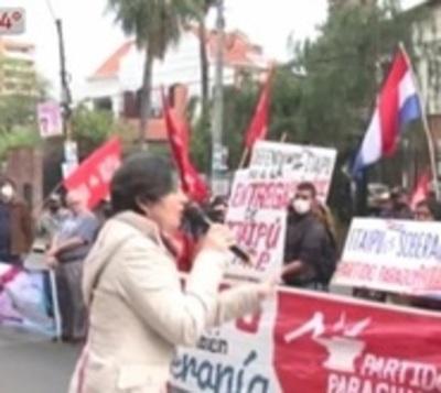 Exigen a Abdo el ejercicio de la soberanía energética sobre Itaipú