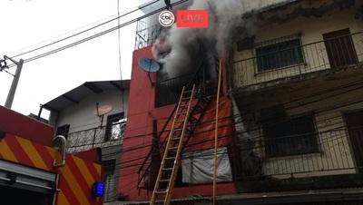 Incendio en ZONA ROJA del centro de Ciudad del Este