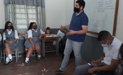Itaipu y MINNA capacitan sobre derechos y responsabilidades a menores