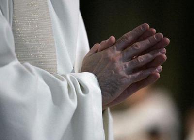 Investigación revela que en 70 años se han cometido más de 216.000 abusos en niños en iglesia católica de Francia