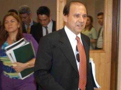 Corresponde restituir a Bonifacio Ríos como ministro de la CSJ, afirma abogado
