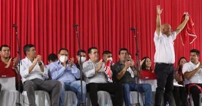 """La Nación / """"La salud del Paraguay depende de la salud del partido"""", afirma Cartes"""