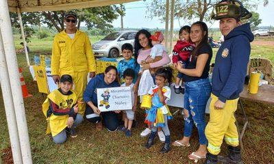 Niño de tres años dona su alcancía a los Bomberos Voluntarios de Minga Guazú – Diario TNPRESS