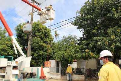 Instalarán 7.000 nuevos transformadores de la ANDE por G.350.000 millones