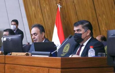 Julio Borba presentó presupuesto de Salud para el 2022