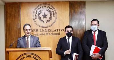 La Nación / Hacienda aún no envió adenda para aumentos
