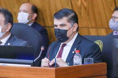 Borba busca para Salud USD 1.157 millones para sostener sistema sanitario