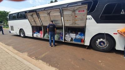 Receita Federal incautó tres buses de turismo en Brasil