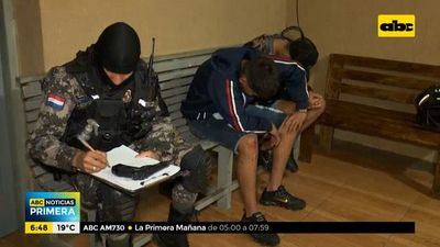 Dos motoasaltantes detenidos tras persecución
