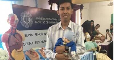 La Nación / Sobresaliente: joven indígena es primer egresado de Enfermería-UNA en el 2021