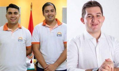 Intendente y jefe de recaudaciones, aportantes de campaña de Pedro Acuña