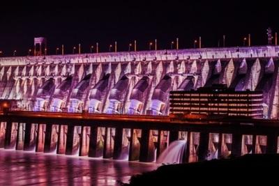 Reabren al público la Iluminación Monumental de la represa de Itaipu