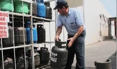 Otro golpe al bolsillo: El gas vuelve a subir desde el lunes, Gs. 1.200 por kilo y Gs. 600 por litro