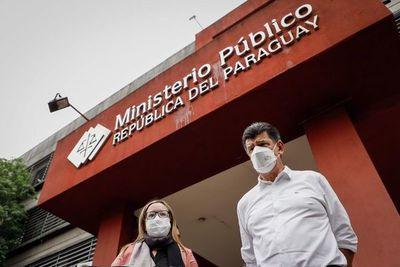Líder opositor paraguayo presenta denuncia penal contra expresidente Cartes