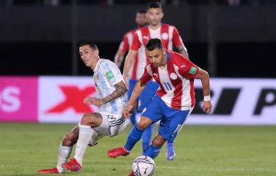 Paraguay y Argentina sellaron un empate sin goles en el Defensores