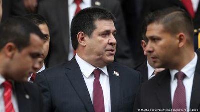Paraguay: Efraín Alegre denuncia penalmente a Horacio Cartes